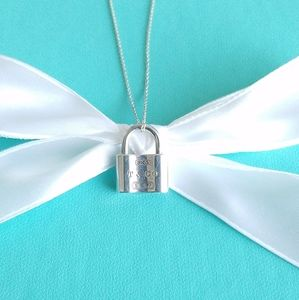 1837 padlock pendant necklace